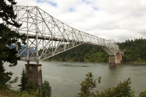 The Bridge of the Gods spanning the Columbia River between Bonneyville Dam and Cascade Locks; photo by Morris Pike.